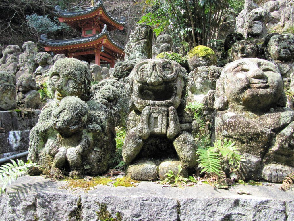 Statues humoristiques